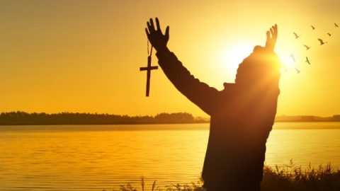 Aqueles que ganharam a salvação pela fé podem entrar no reino de Deus?